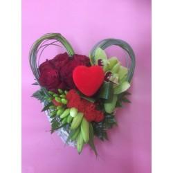 Coeur rempli de roses et orchidees Promofleur Chambly