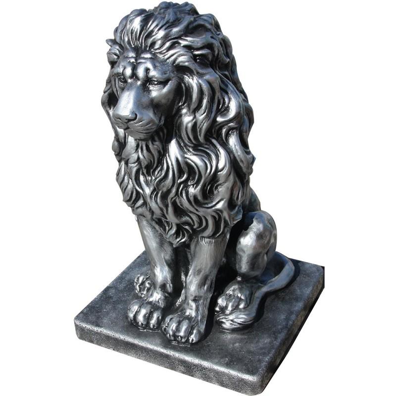 Lion en statue de pierre  h.55 cm Argent